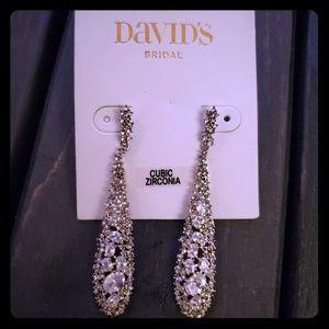 David Bridals Tear Drop Vintage Earings